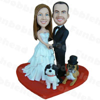 custom made bobblehead newlyweds and their pets