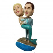 au-groom-holding-a-mermaid-customised-bobblehead-984151